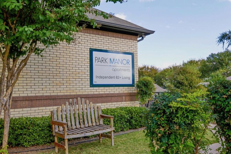 Park Manor Apartments