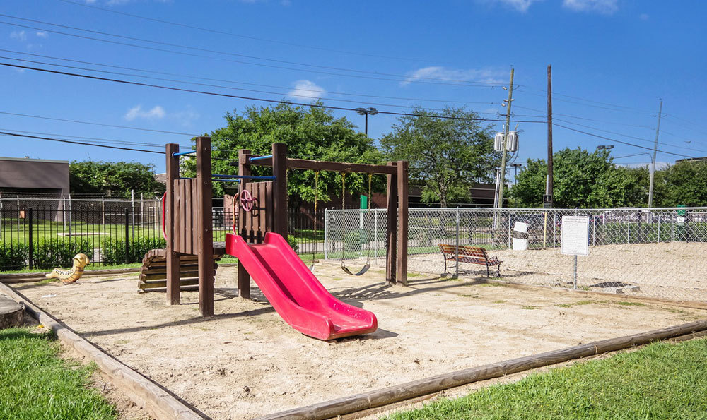 Playground at Listing #139577