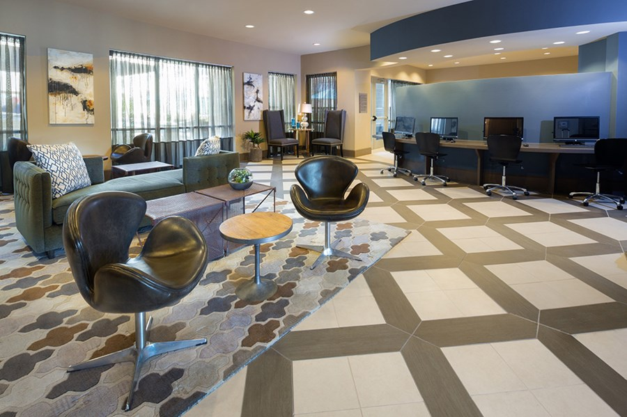 Business Center at Listing #227127