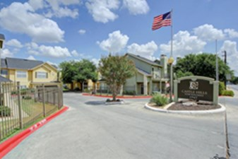 Castle Hills Townhomes at Listing #140899
