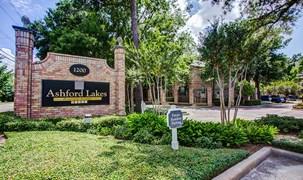 Ashford Lakes Apartments Houston TX