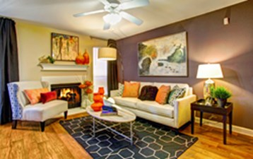 Living Room at Listing #138700