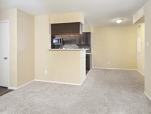 Living/Dining at Listing #140508