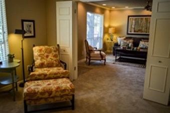 Living Area at Listing #137308