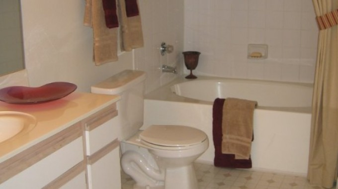 Bathroom at Listing #138870