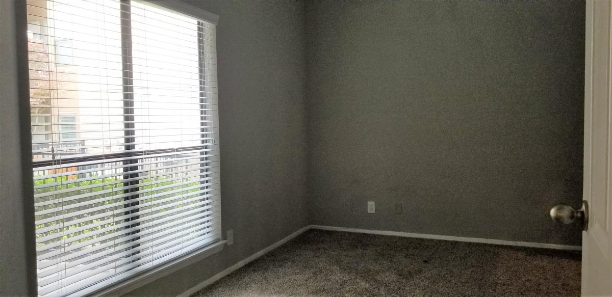 Bedroom at Listing #135721
