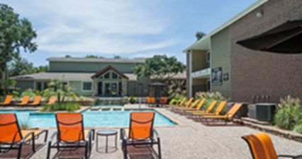 Pool at Listing #136587