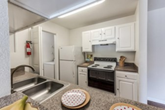 Kitchen at Listing #138241
