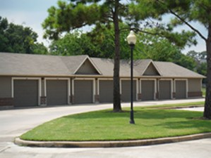 Exterior at Listing #138685