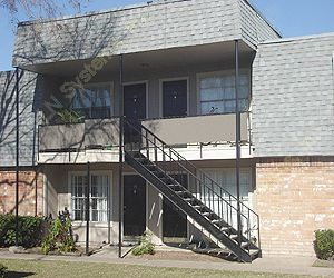 Alief Square at Listing #139854