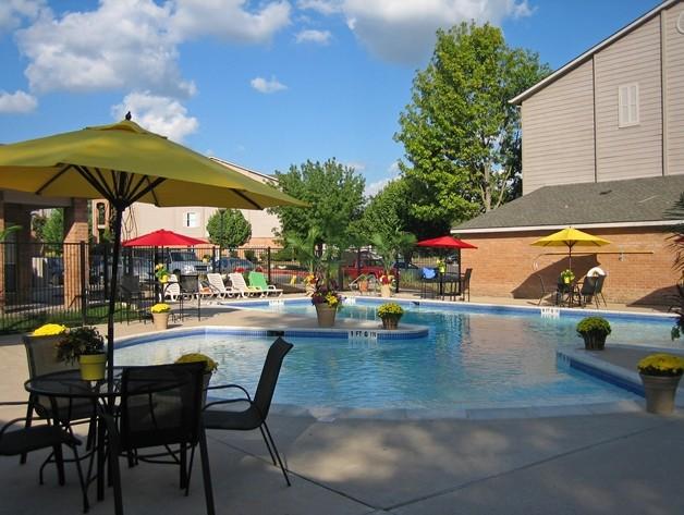 Pool at Listing #140661