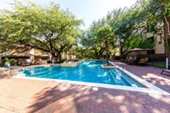 Pool at Listing #140144