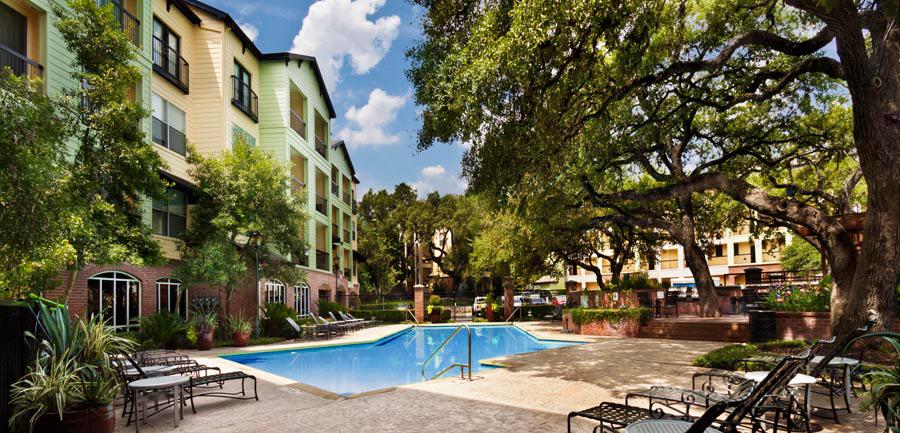 Pool at Listing #140681