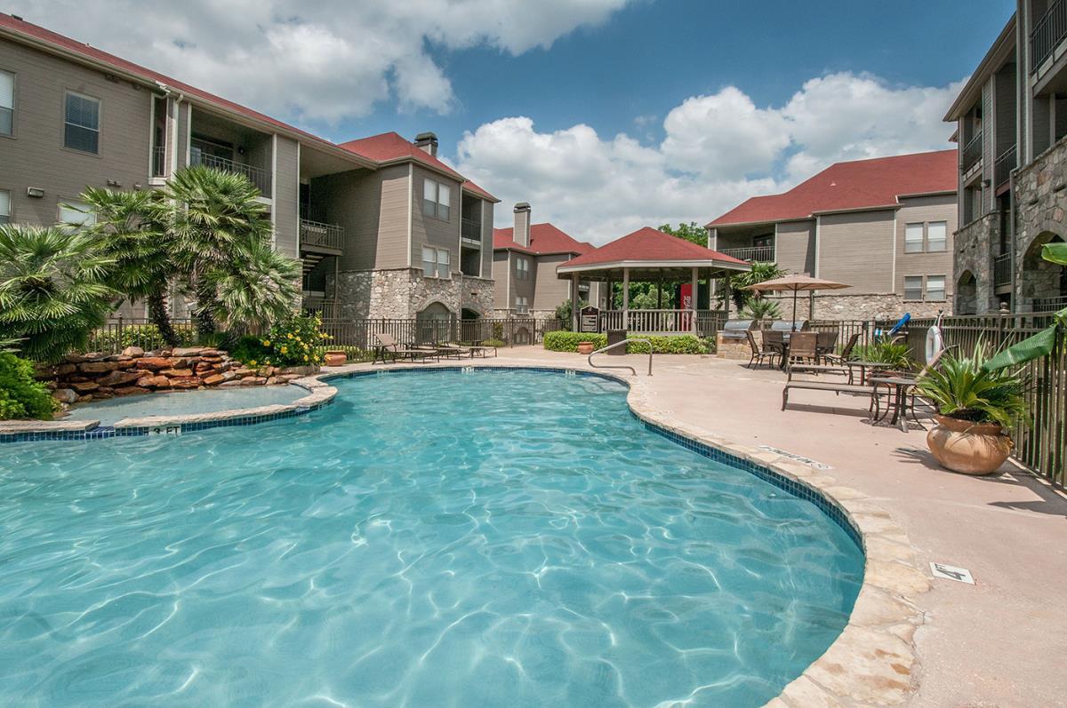 Pool at Listing #141309