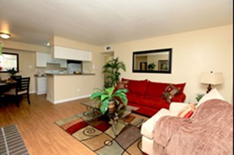 Living at Listing #139950