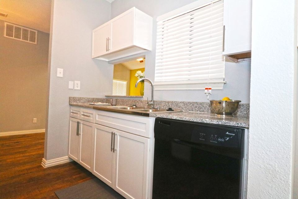 Kitchen at Listing #212894
