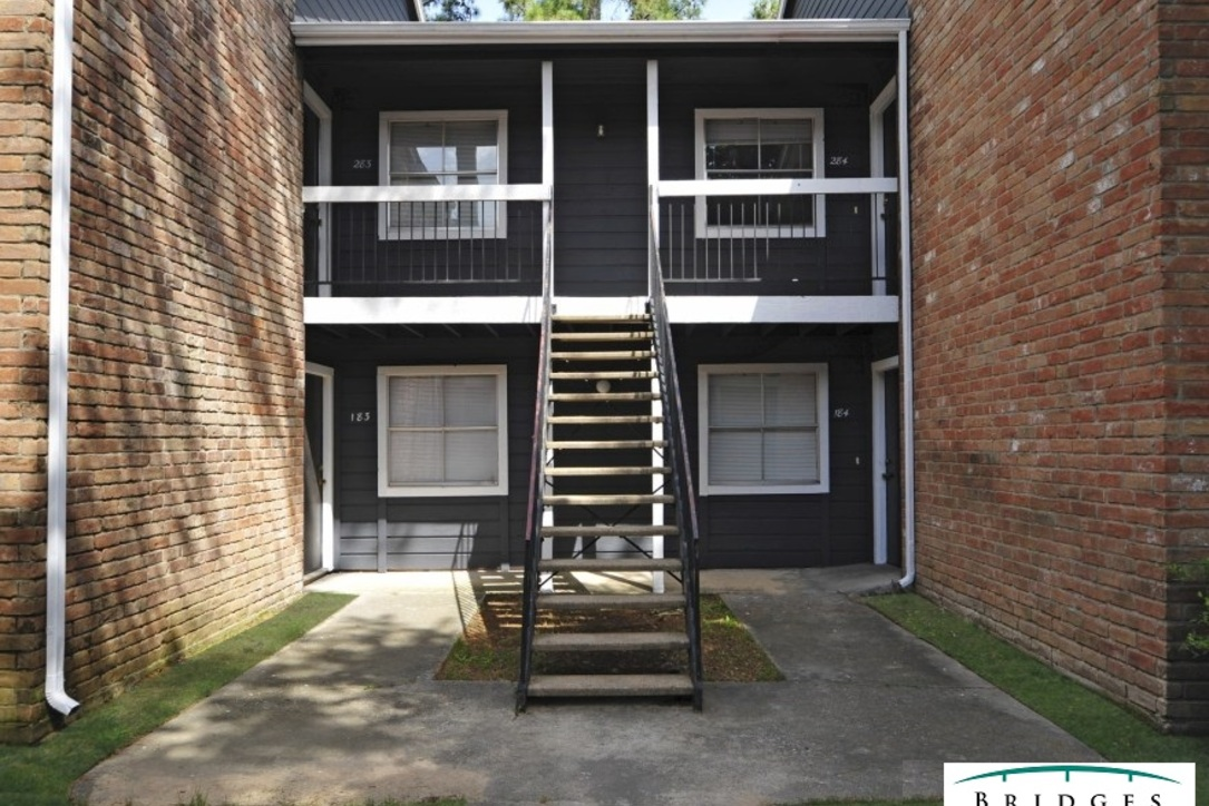Exterior at Listing #138624