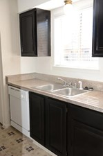 Kitchen at Listing #139021