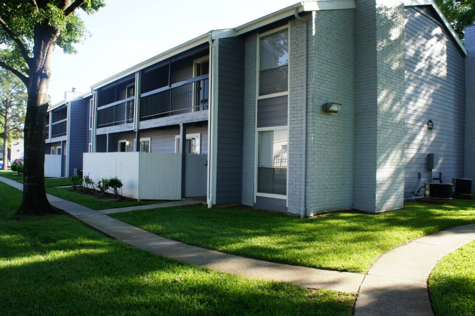 Lakewood Apartments Tomball, TX
