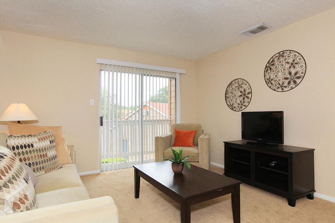 Living at Listing #141252