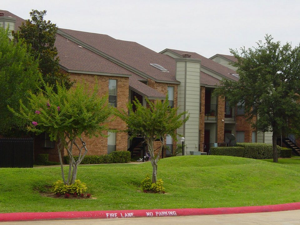 Bear Creek Villas Apartments Euless TX
