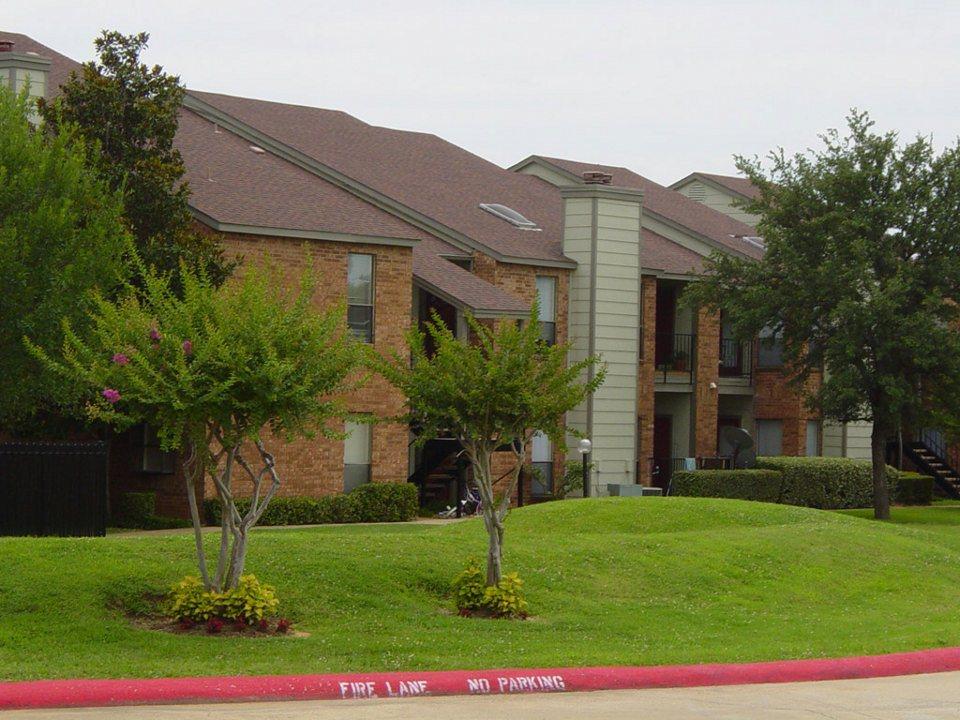Bear Creek Villas Apartments Euless TX