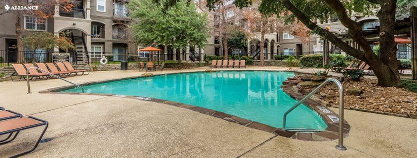 Pool at Listing #137723