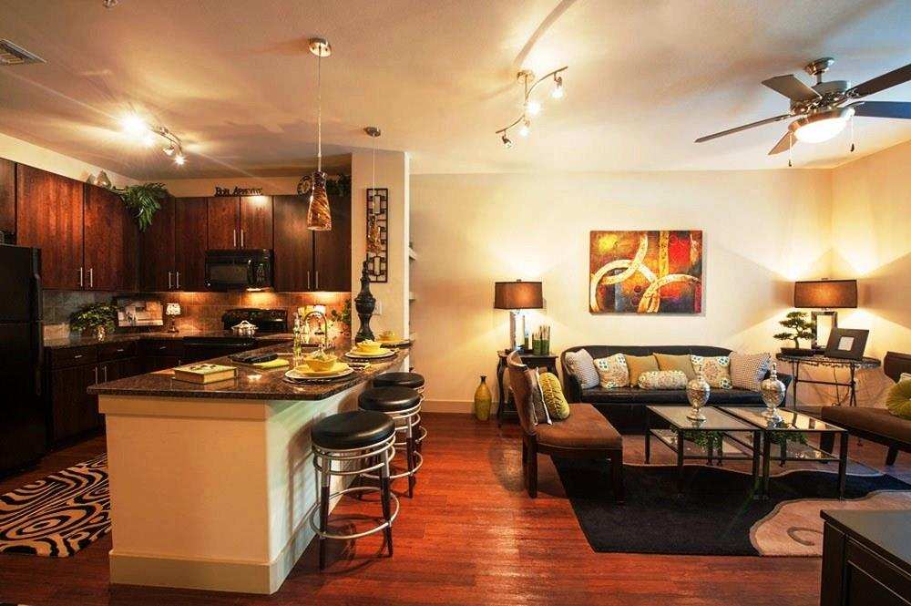 Living/Kitchen at Listing #147707