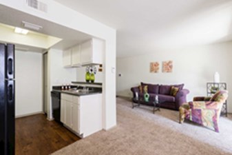 Living/Kitchen at Listing #138799