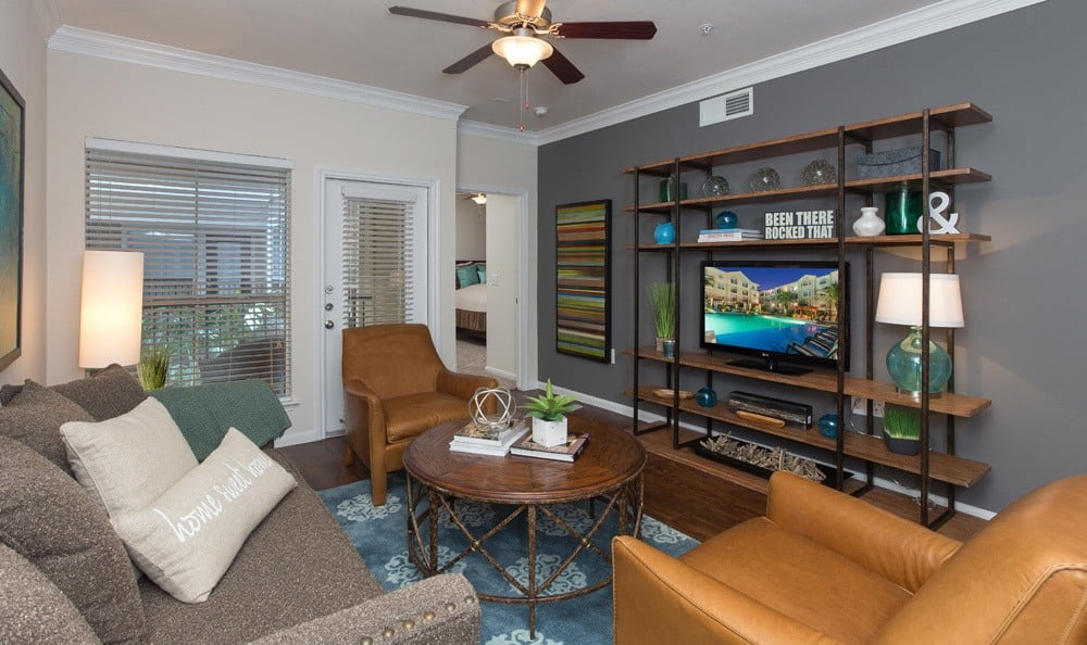 Living Room at Listing #138744