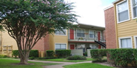 Exterior at Listing #139392