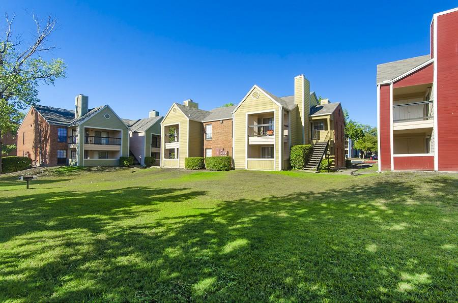 Lodge on Perrin Creek Apartments San Antonio TX