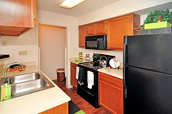 Kitchen at Listing #136379