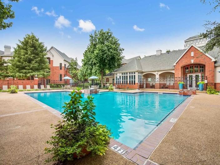 Lexington at Valley Ranch Apartments