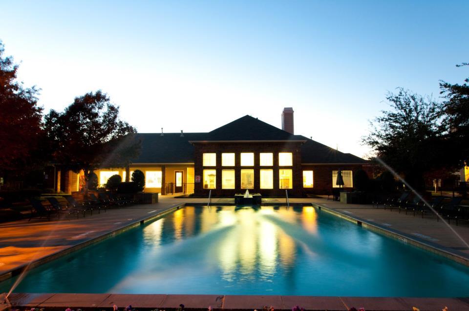Pool at Listing #138022