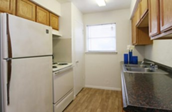 Kitchen at Listing #150803