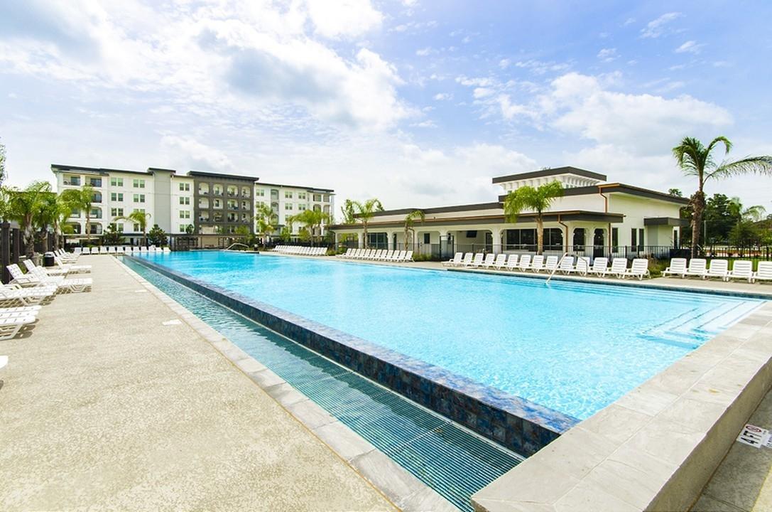 Pool at Listing #264139