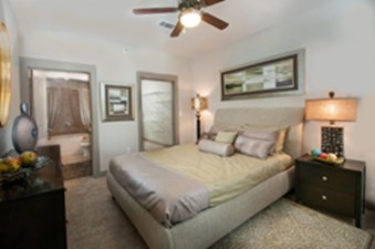Bedroom at Listing #226851