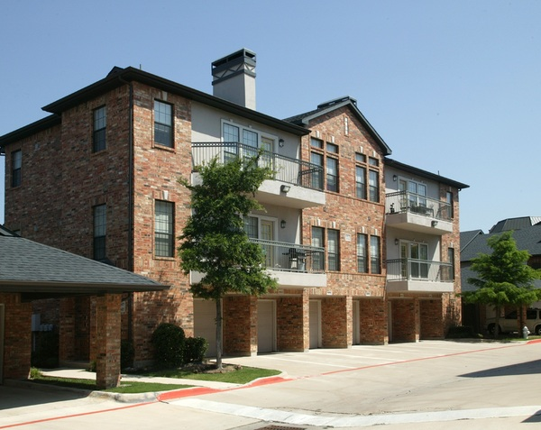 Villas at Parkside Apartments , TX
