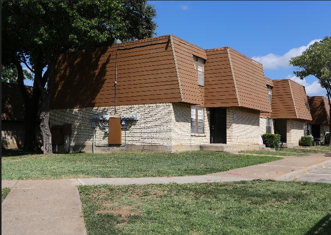 Villages of Royal Lane Apartments Dallas, TX