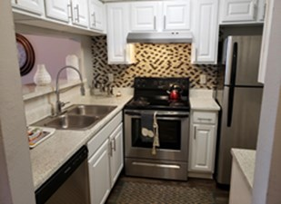 Kitchen at Listing #136202