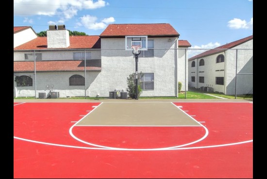 Basketball at Listing #140906