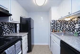 Kitchen at Listing #139546