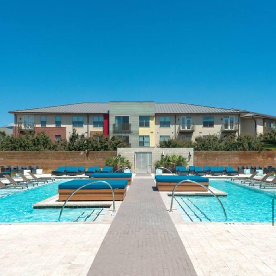 Pool at Listing #144889