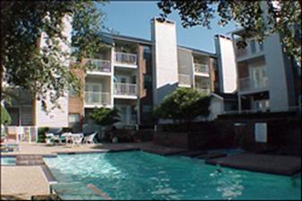 Pool at Listing #136573