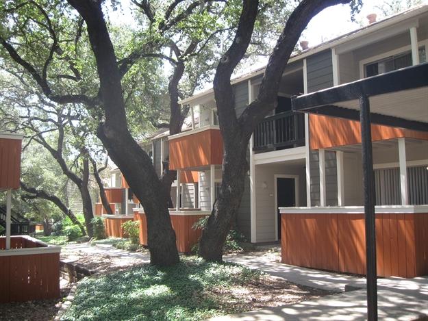 Alamo Hillside Apartments San Antonio TX