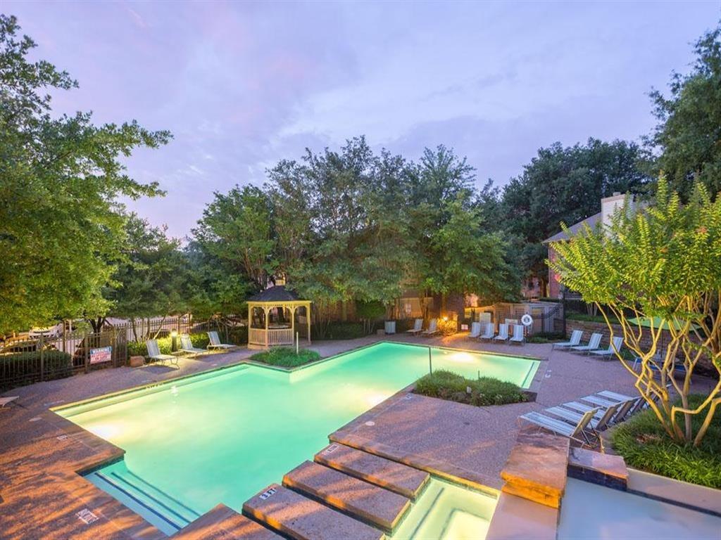 Pool at Listing #136900