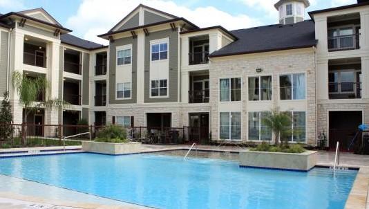 Pool at Listing #154123