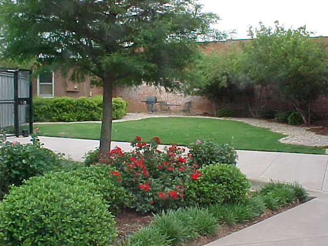 Courtyard at Listing #138036
