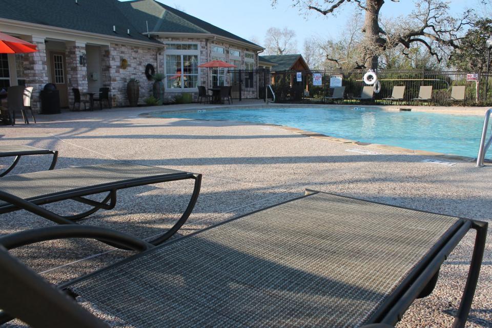Pool at Listing #140115
